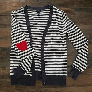 Cardigan with heart detail